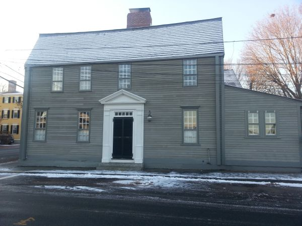 Newburyport MA 1720 colonial house